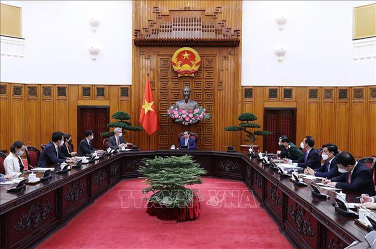 Thủ tướng mong muốn quan hệ hợp tác truyền thống, lâu đời và rất hiệu quả trong lĩnh vực y tế giữa Việt Nam và Pháp càng được củng cố, thắt chặt hơn nữa.