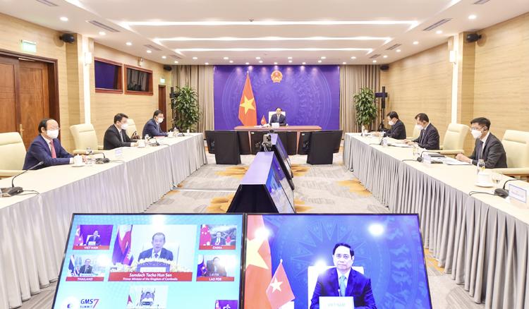 Thủ tướng Phạm Minh Chính đề nghị hợp tác GMS trong giai đoạn tới cần ưu tiên 6 nội dung quan trọng, trước hết là ngăn chặn, đẩy lùi, kiểm soát dịch bệnh;  bảo đảm chuỗi cung ứng khu vực không bị đứt gãy. (Ảnh: VGP)